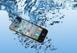 phone-dropped-in-water